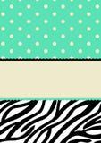 Polkapunkte und Zebramustereinladungskarte Lizenzfreie Stockfotos
