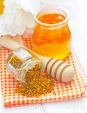 Pollen et miel Images libres de droits