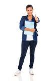 Pollice della studentessa di college su Fotografie Stock