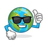 Pollice fresco sugli occhiali da sole d'uso della mascotte della terra, carattere della terra, Fotografie Stock