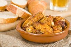 Pollo al Ajillo - czosnku kurczaka skrzydła Obraz Royalty Free