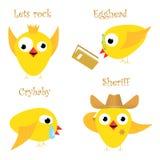 Pollo amarillo divertido Fan, empollón, llorón y sheriff Fotos de archivo libres de regalías