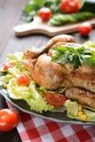 Pollo arrostito con il contorno di verdure Fotografia Stock