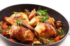 Pollo arrostito con la verdura fotografia stock libera da diritti