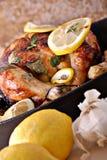 pollo arrostito Limone-basilico Immagini Stock