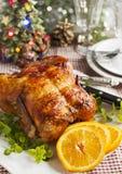 Pollo arrostito tutto per la cena fotografia stock libera da diritti