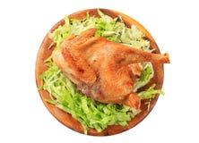 Pollo asado con lechuga imagen de archivo