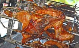 Pollo asado a la parilla fotos de archivo