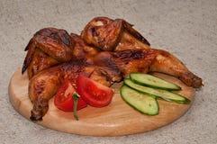 pollo Carbón de leña-asado a la parrilla Fotos de archivo libres de regalías