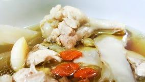 Pollo cocido chino en cuenco foto de archivo