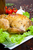 Pollo cocido con la ensalada Fotografía de archivo libre de regalías