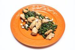 Pollo cocido con las habas verdes Fotografía de archivo libre de regalías