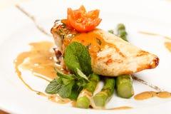 Pollo con asparago Fotografia Stock Libera da Diritti