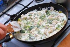 Pollo con broccolo Immagini Stock Libere da Diritti