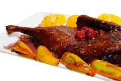 Pollo con la salsa de la cereza imagenes de archivo