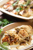 Pollo con las setas Fotografía de archivo libre de regalías