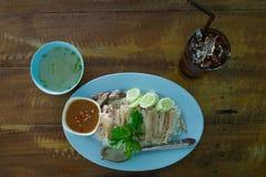 Pollo cotto a vapore con riso Immagini Stock