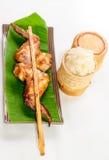 Pollo de asación con arroz pegajoso Fotos de archivo