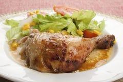 Pollo di arrosto con insalata Immagine Stock Libera da Diritti