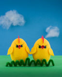 Pollo di giallo di Pasqua Fotografia Stock
