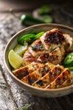 Pollo di scatto, un alimento giamaicano immagine stock