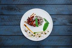 Pollo di Teriyaki con riso ed i piselli Fotografie Stock Libere da Diritti