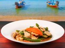 Pollo e fagiolini verdi tailandesi immagine stock
