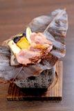Pollo ensartado japonés, Yakitori Fotos de archivo libres de regalías