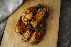 Pollo esmaltado con el chile Foto de archivo