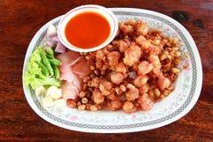 Pollo frito del estilo tailandés Imágenes de archivo libres de regalías