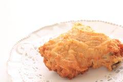 Pollo frito en plato fotografía de archivo