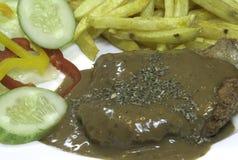 Pollo fritto con la salsa di pepe nero Immagine Stock Libera da Diritti