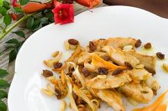 Pollo fritto con le varie guarnizioni Fotografia Stock