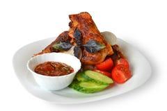 Pollo fritto con le verdure e la salsa Fotografie Stock