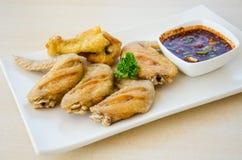 Pollo fritto con salsa piccante Immagine Stock Libera da Diritti