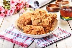 Pollo fritto croccante fotografia stock libera da diritti