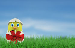 Pollo giallo in un uovo di Pasqua 3d rendono Immagine Stock Libera da Diritti