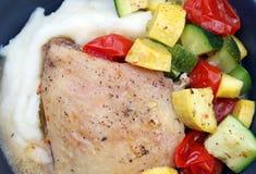Pollo mediterráneo cocido Foto de archivo libre de regalías