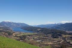 Pollo Mountain View al lago Millstatt in primavera Fotografia Stock Libera da Diritti