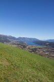 Pollo Mountain View al lago Millstatt in primavera Immagini Stock Libere da Diritti