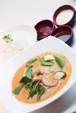 Pollo rosso del curry di stile tailandese fotografia stock libera da diritti