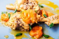 Pollo stufato in albicocche Fotografia Stock Libera da Diritti