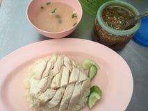 pollo y arroz blanco cocidos al vapor Foto de archivo