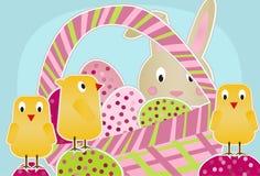Polluelos, conejito y huevos Foto de archivo libre de regalías