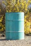 Pollution de nature - baril pétrochimique vide Photo libre de droits