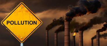 Pollution road sign Royalty Free Stock Photos