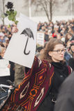 Polnische Frauen auf Streik während internationalen Frauen ` s Tages, gegen Stockfotografie