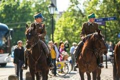 Polnische Kavallerie während des Jahrbuches des polnischen nationalen und gesetzlichen Feiertages der Konstitutions-Tag am 3. Mai Stockfoto