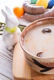 Polnische Ostern-Suppe mit Ei Stockfotografie