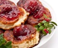 Polnische Torte mit Erdbeeremarmelade Stockbilder